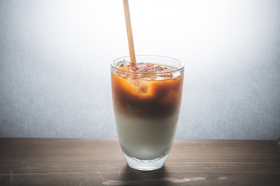 Iced cafe au lait ¥450